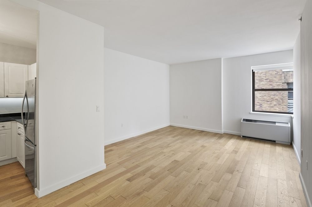 West Street - Financial District - 1 BEDROOM APARTMENT - Unit ID #2217